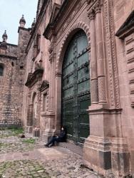 Catedral, una de sus puertas bonitas