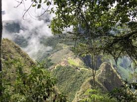 Camino a la cima de Waynapicchu